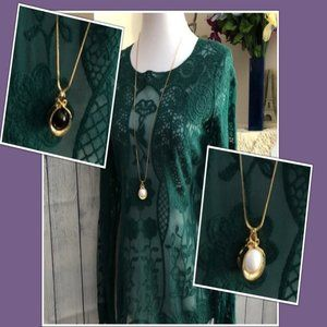 Avon Long Box Chain Two Sided Pendant Necklace
